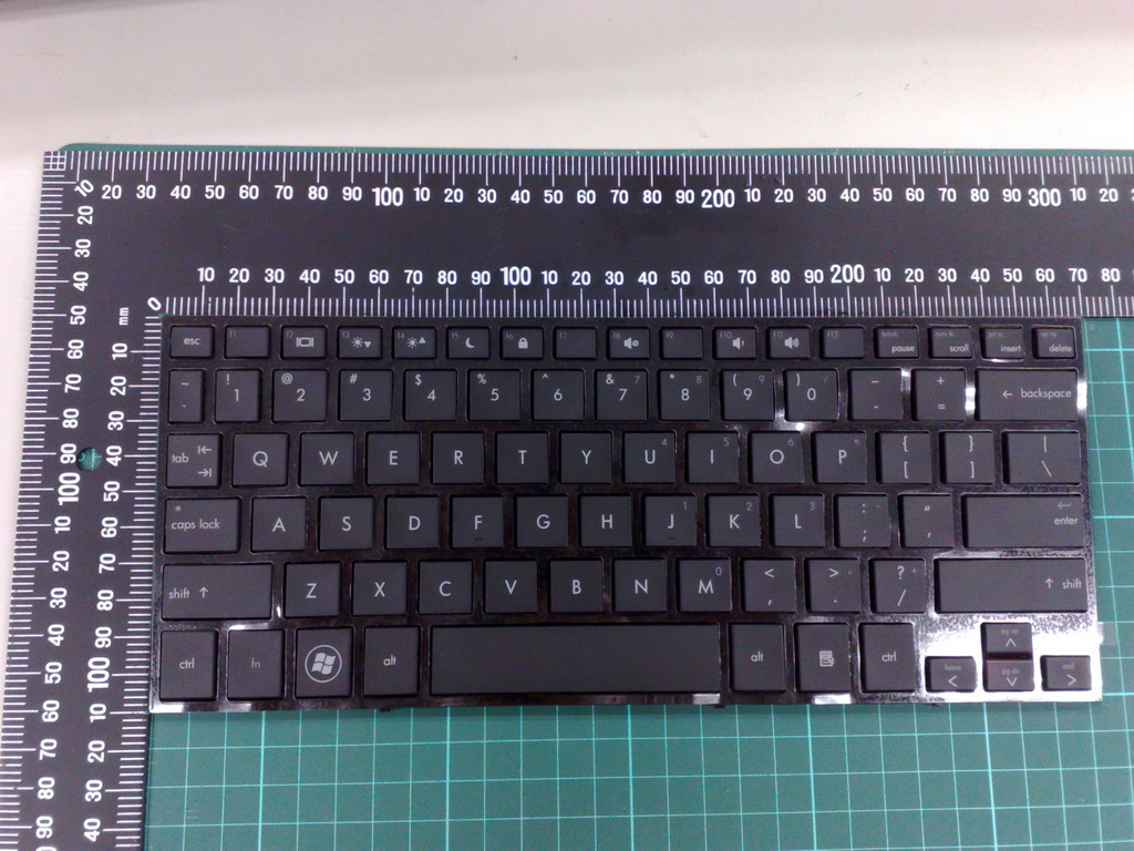 Keyboard assembly - 25.7cm (10.1in) layout with