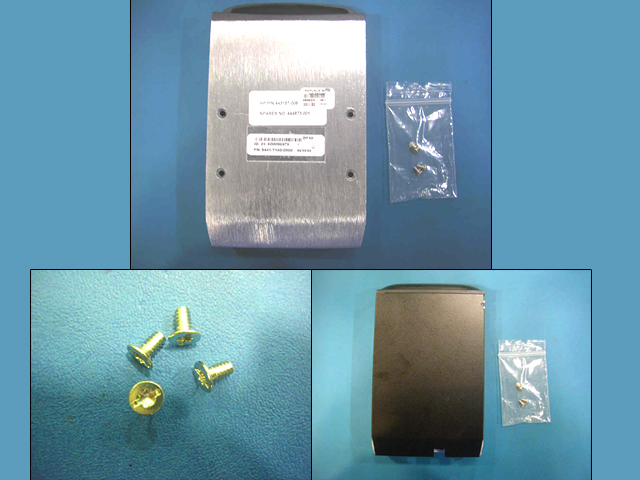 Removable SAS/SATA hard drive carrier assembly